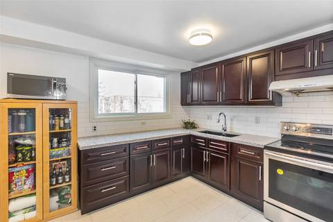 Condo for sale at 50 Bridletowne Circ Unit 17 Toronto Ontario - MLS: E4415144