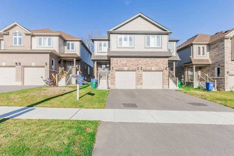 Townhouse for rent at 17 Ambrous Cres Cres Guelph Ontario - MLS: X4635749