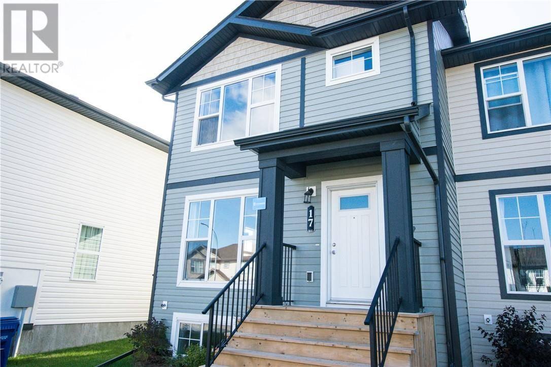 Townhouse for sale at 17 Arlen Cs Blackfalds Alberta - MLS: ca0180602