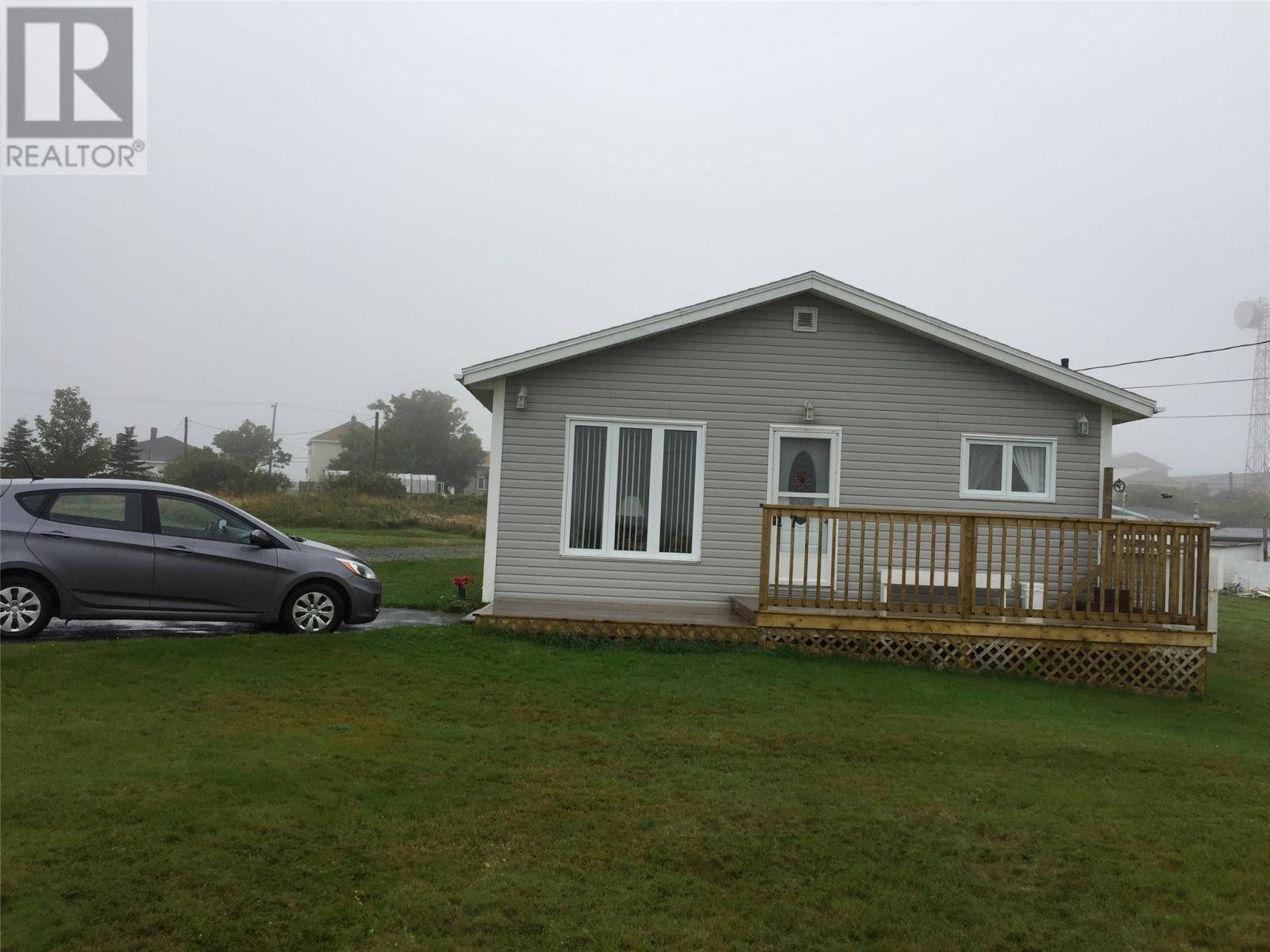 House for sale at 17 Armoury Rd Bell Island Newfoundland - MLS: 1211253