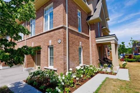 Townhouse for sale at 17 Burtonbury Ln Ajax Ontario - MLS: E4832518