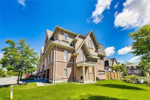 Townhouse for sale at 17 Burtonbury Ln Ajax Ontario - MLS: E4475936