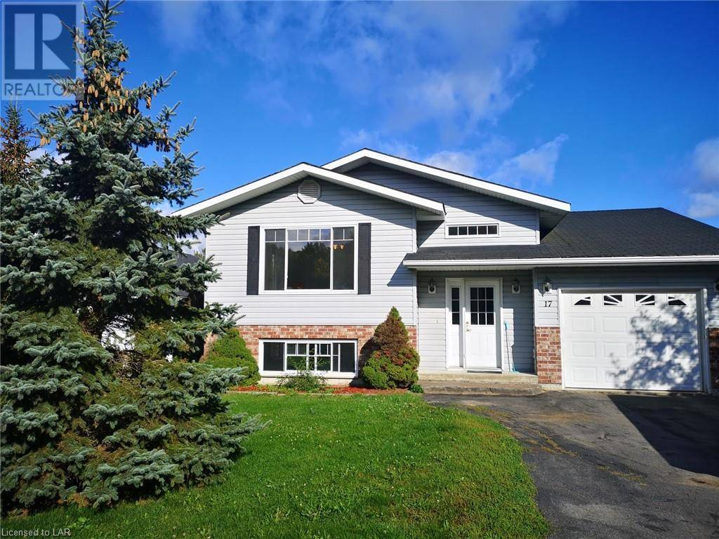 House for sale at 17 Cairns Cres Huntsville Ontario - MLS: 225260