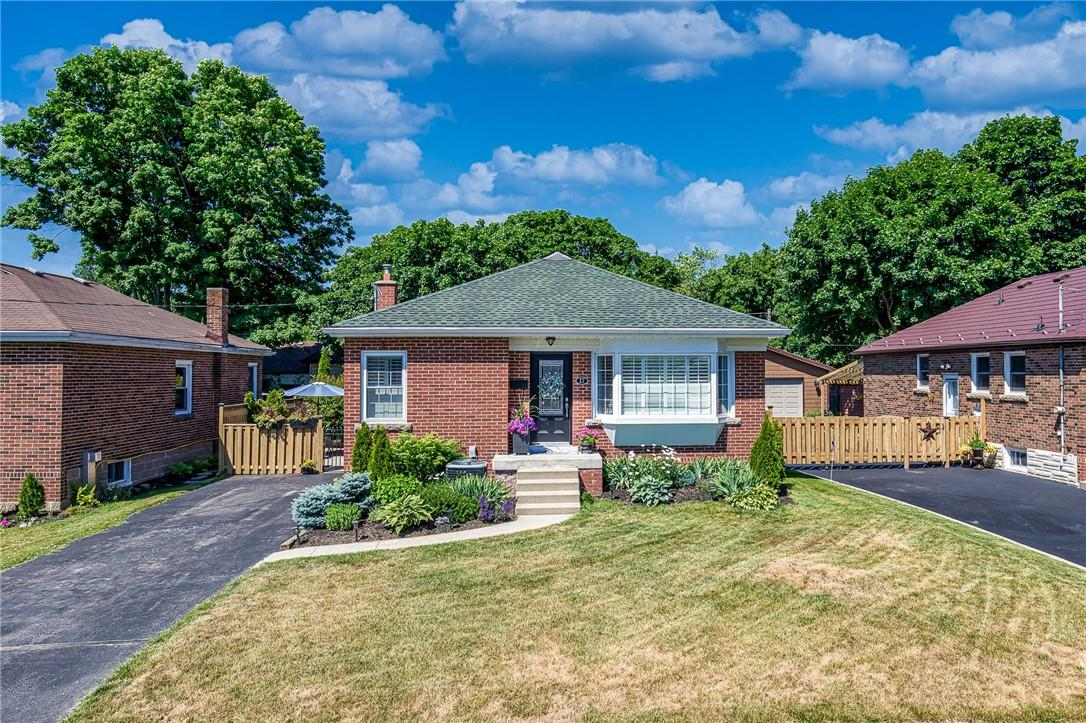 Removed: 17 Cameron Avenue, Dundas, ON - Removed on 2020-07-09 23:27:36