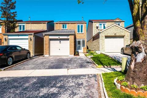 House for sale at 17 Capilano Ct Vaughan Ontario - MLS: N4780334