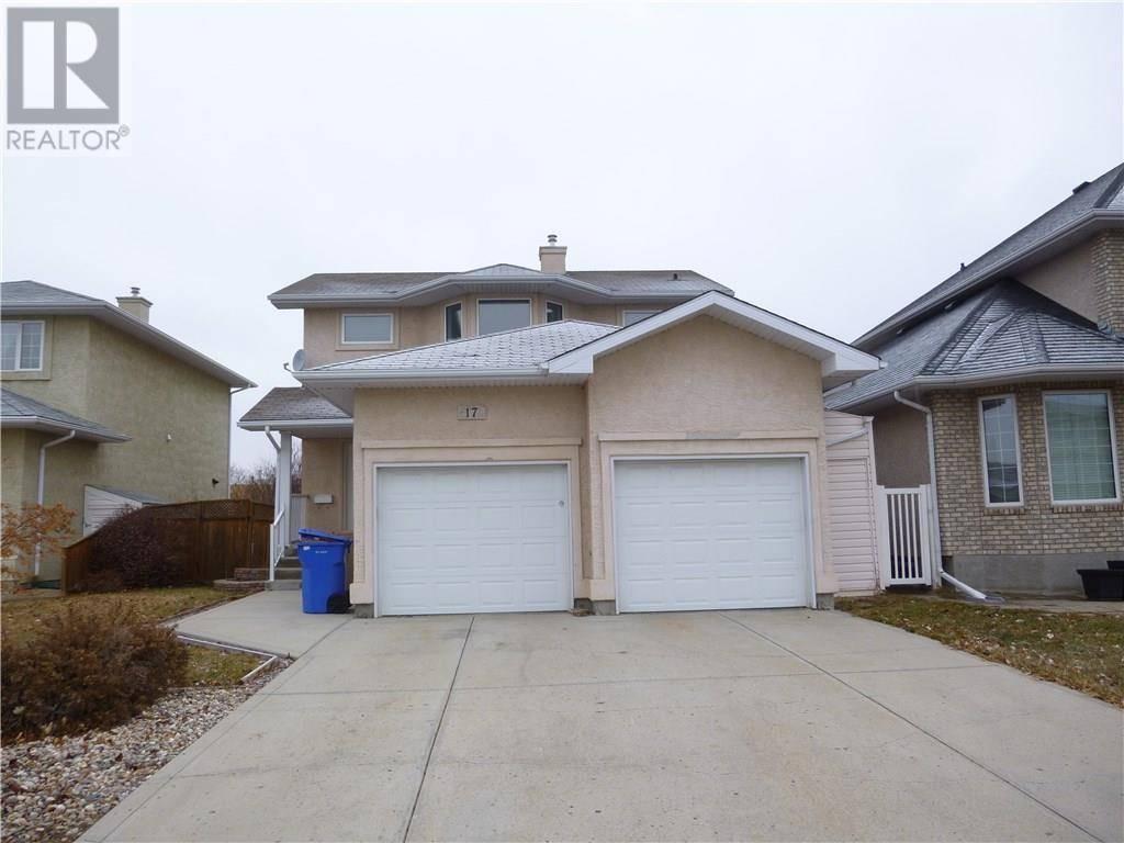 House for sale at 17 Castle Pl Regina Saskatchewan - MLS: SK752721