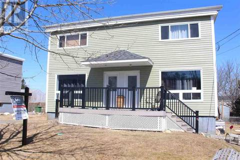 Townhouse for sale at 17 Centre St Dartmouth Nova Scotia - MLS: 201906617
