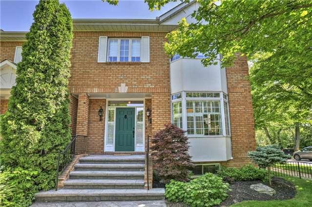 Sold: 17 Chisholm Street, Oakville, ON