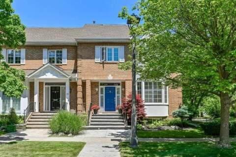 Townhouse for sale at 17 Chisholm St Oakville Ontario - MLS: W4805967