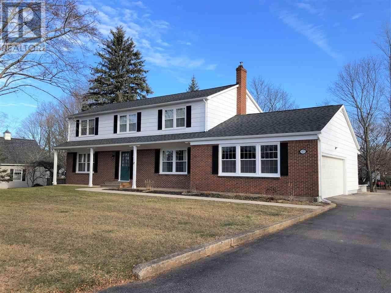 House for sale at 17 Churchill Ave Kentville Nova Scotia - MLS: 201927460