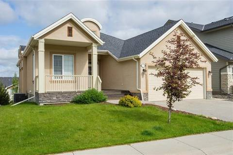 House for sale at 17 Crestridge Vw Southwest Calgary Alberta - MLS: C4256990