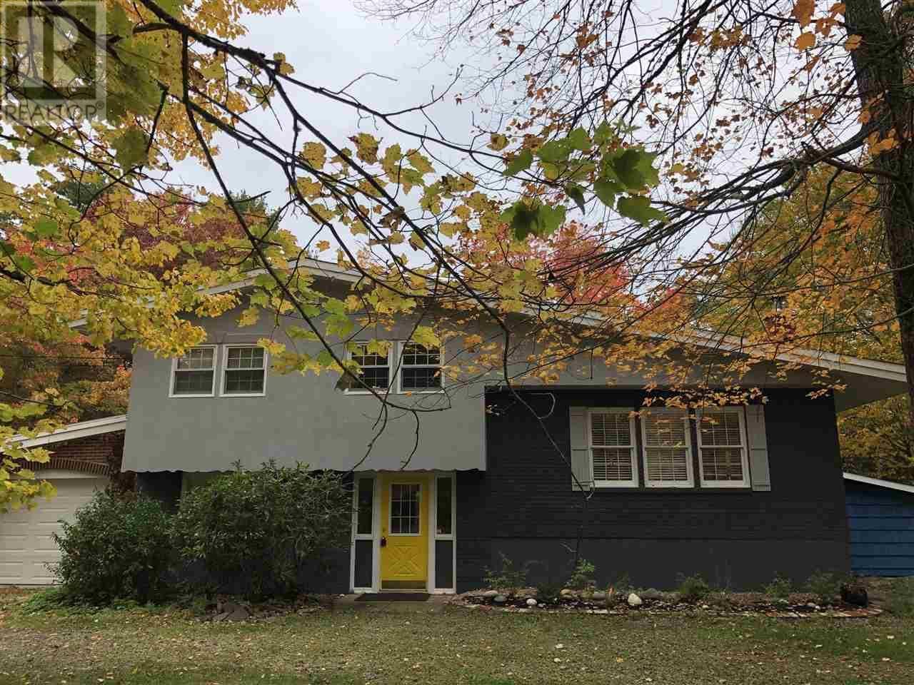 House for sale at 17 Delcon Ave Pine Grove Nova Scotia - MLS: 201917743