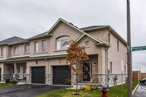 Townhouse for sale at 17 Destiny Ln Hamilton Ontario - MLS: X4633999