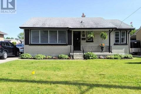 House for sale at 17 Fairhaven St London Ontario - MLS: X4490176