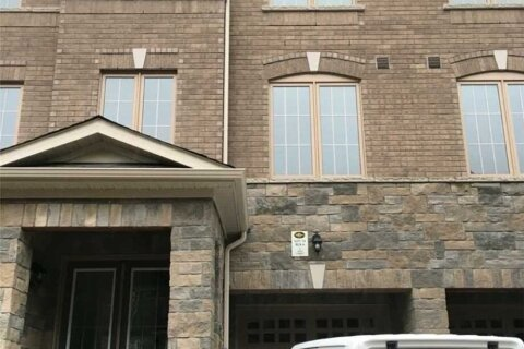Townhouse for rent at 17 Faye St Brampton Ontario - MLS: W4974152