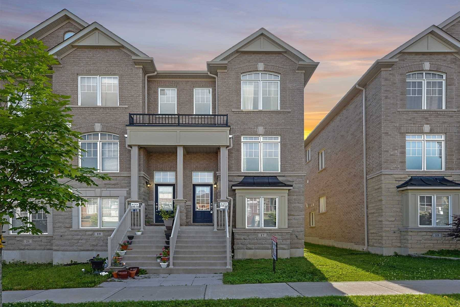 Townhouse for sale at 17 Gadani Dr Markham Ontario - MLS: N4471972