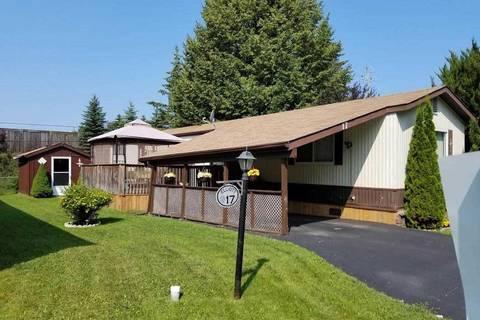 Home for sale at 17 Georgian Glen Dr Wasaga Beach Ontario - MLS: S4528396