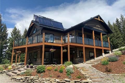 Residential property for sale at 17 Hidden Valley Estates  Rural Pincher Creek Md Alberta - MLS: LD0171512