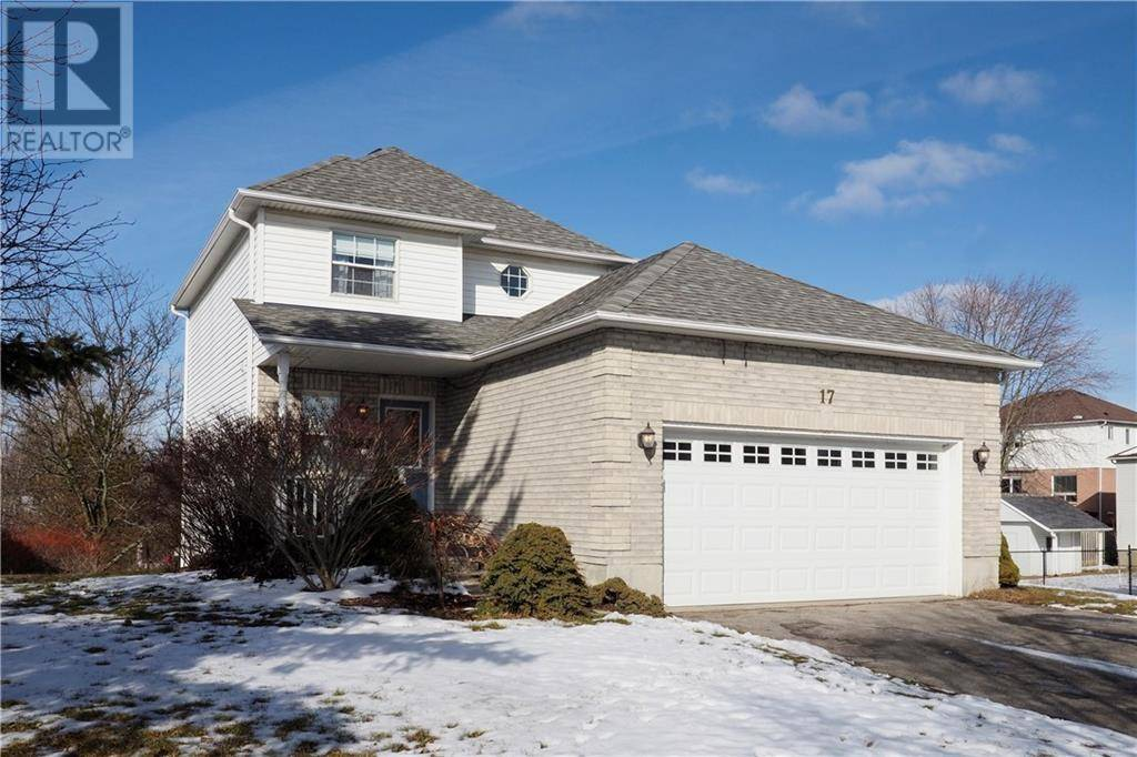 House for sale at 17 Hunt St Ayr Ontario - MLS: 30789534