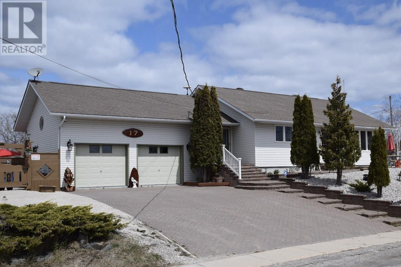House for sale at 17 Huron Ave Blind River Ontario - MLS: SM130100