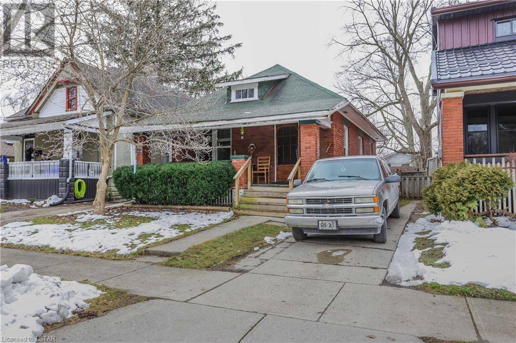 House for sale at 17 Lockyer St London Ontario - MLS: 241930