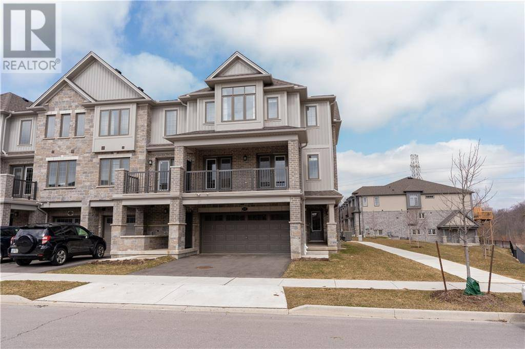 Townhouse for sale at 17 Meadowridge St Kitchener Ontario - MLS: 30799611