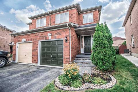 Townhouse for sale at 17 Melissa Ct Brampton Ontario - MLS: W4574850