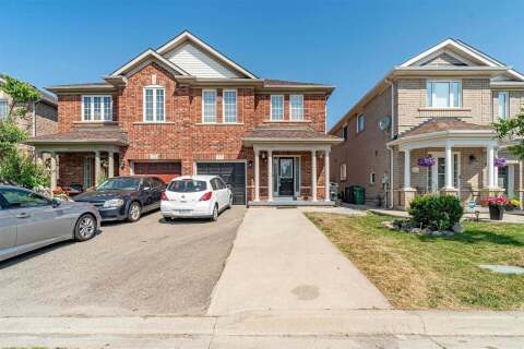 Townhouse for sale at 17 Mistdale Cres Brampton Ontario - MLS: W4852442