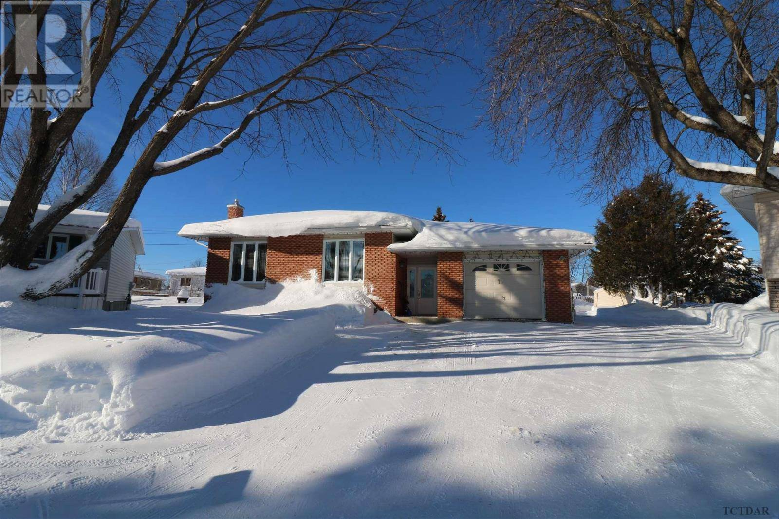 House for sale at 17 Poplar Cres Iroquois Falls Ontario - MLS: TM200137