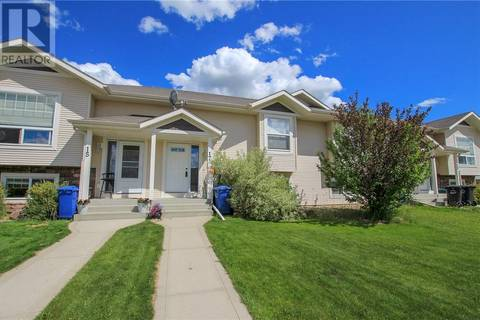 Townhouse for sale at 17 Robinson Ave Penhold Alberta - MLS: ca0157420