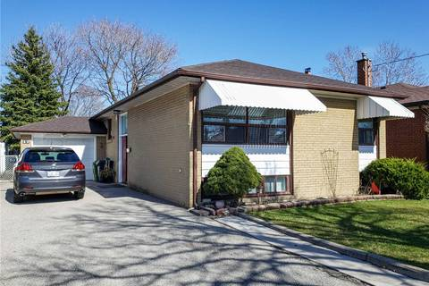 House for sale at 17 Sigmont Rd Toronto Ontario - MLS: W4423202