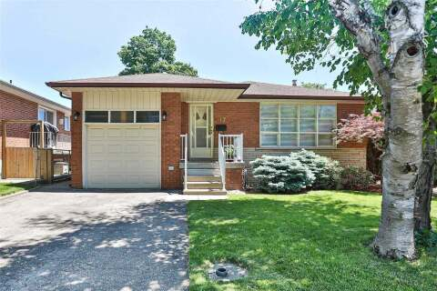 House for sale at 17 Sun Row Dr Toronto Ontario - MLS: W4815043