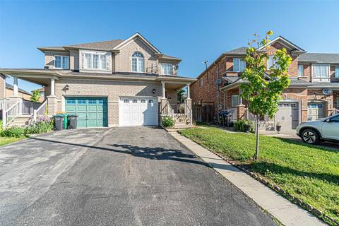 Townhouse for sale at 17 Timbertop Cres Brampton Ontario - MLS: W4486575