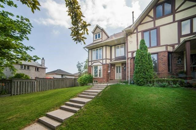 For Sale: 17 Waterford Crescent, Hamilton, ON | 4 Bed, 4 Bath Townhouse for $598,800. See 20 photos!