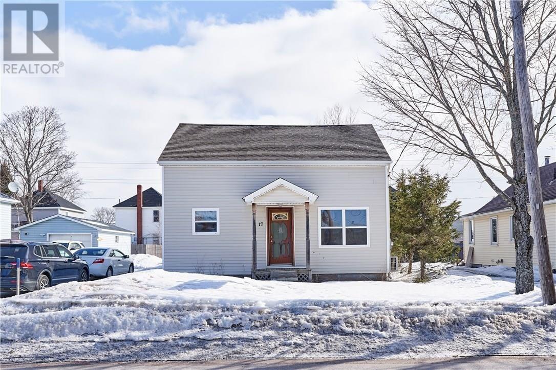 House for sale at 17 Winnipeg St Moncton New Brunswick - MLS: M127630