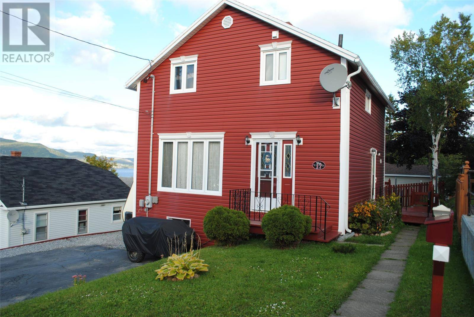 House for sale at 17 Woodbine Ave Corner Brook Newfoundland - MLS: 1191054