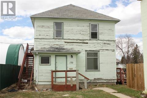 House for sale at 170 4th Ave NW Swift Current Saskatchewan - MLS: SK805758