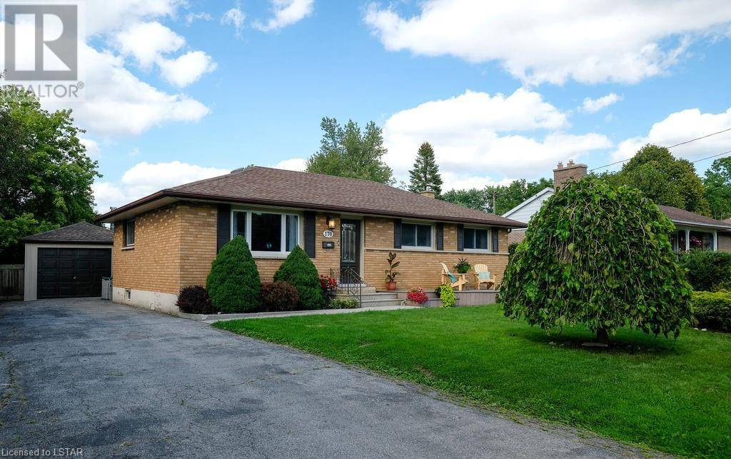 House for sale at 170 Base Line Rd West London Ontario - MLS: 220694