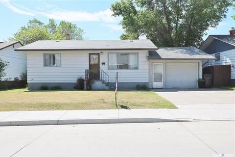 House for sale at 170 Darlington St E Yorkton Saskatchewan - MLS: SK769125