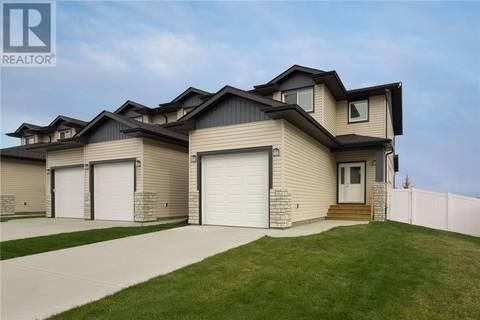 Townhouse for sale at 170 Hampton Cs Penhold Alberta - MLS: ca0165333