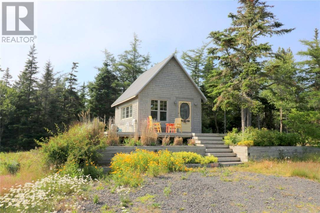 House for sale at 170 Red Point Rd Grand Manan New Brunswick - MLS: NB010463