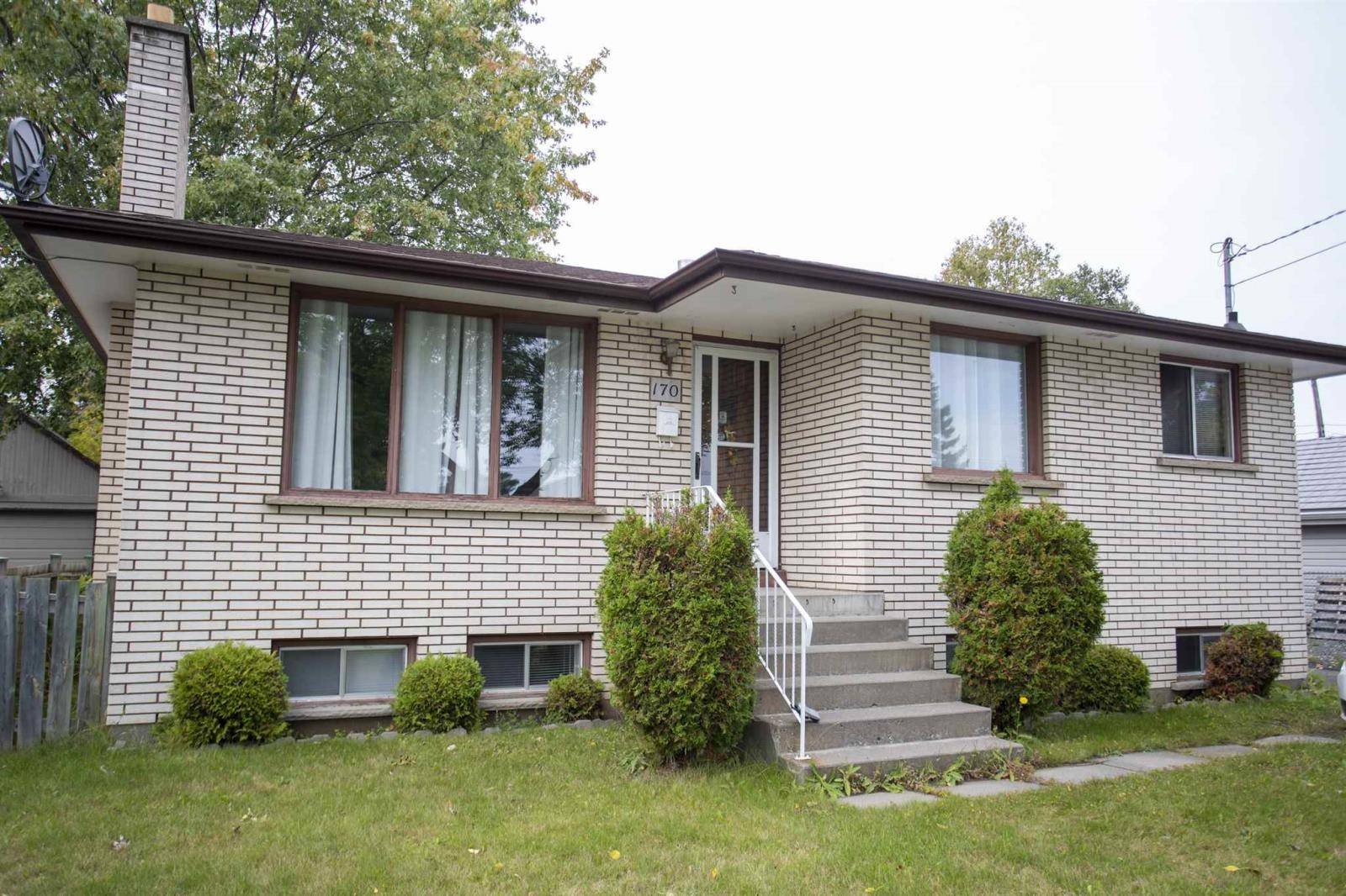 House for sale at 170 Windemere Ave N Thunder Bay Ontario - MLS: TB193183