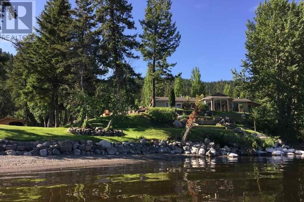 Home for sale at 1700 South Lakeside Dr Williams Lake British Columbia - MLS: R2519934