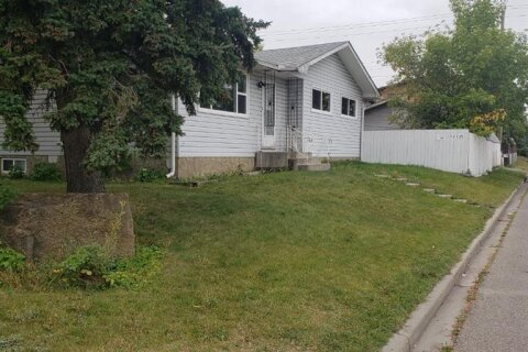 House for sale at 1701 43 St SE Calgary Alberta - MLS: A1035356