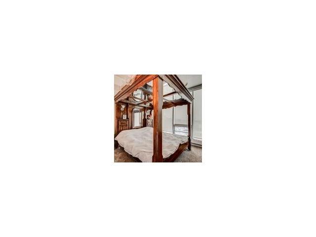 For Sale: 1701 - 433 11 Avenue Southeast, Calgary, AB   2 Bed, 2 Bath Condo for $529,900. See 20 photos!