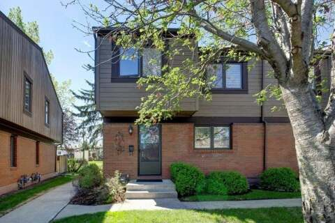 Townhouse for sale at 9803 24 St Southwest Unit 1701 Calgary Alberta - MLS: C4297977