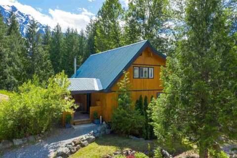 House for sale at 1701 Pinewood Dr Pemberton British Columbia - MLS: R2461889