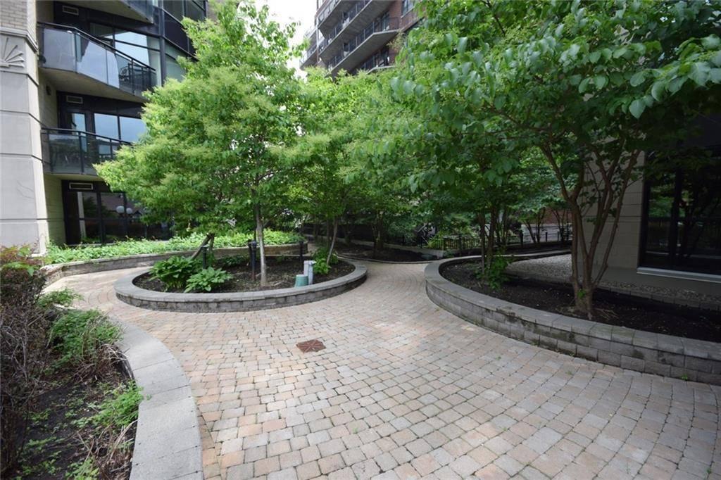 1702 - 245 Kent Street, Ottawa | Image 2