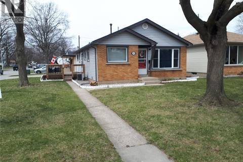 House for sale at 1702 Parkway Dr Windsor Ontario - MLS: 19016250