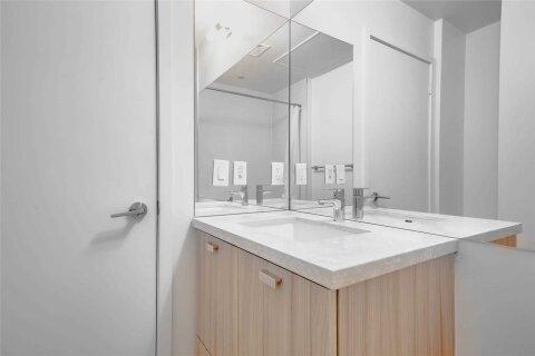 Apartment for rent at 290 Adelaide St Unit 1703 Toronto Ontario - MLS: C4969235